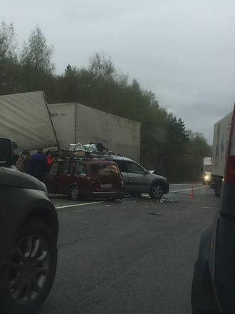 Соцсети: страшная авария произошла на трассе в Кстовском районе - фото 1