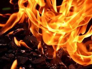 Мужчина погиб в пожаре на Бору
