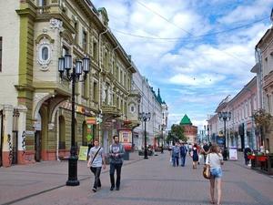 Большая Покровская стала лучшей торговой улицей России