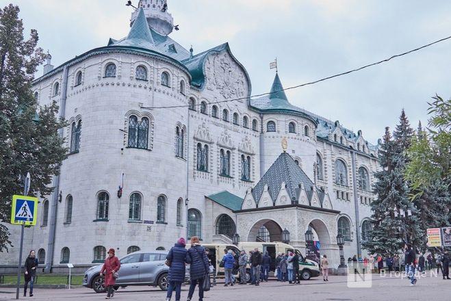 Победители проекта «В городе N» побывали на эксклюзивной экскурсии в Госбанке на Большой Покровской - фото 22