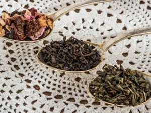 Цены на черный чай и рыбу снизились в Нижегородской области