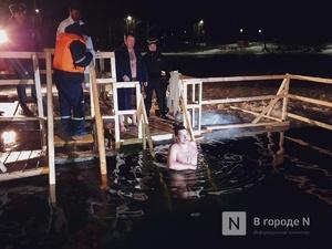 Глеб Никитин окунулся в крещенскую прорубь на Щелоковском хуторе