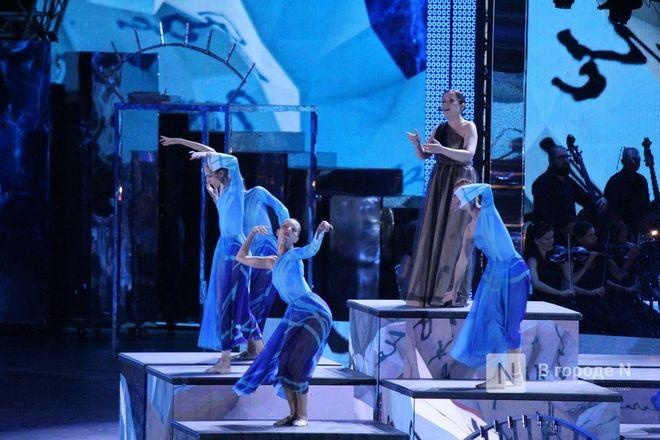 Огонь, вода и звезды эстрады: Как прошло гала-шоу 800-летия Нижнего Новгорода - фото 55