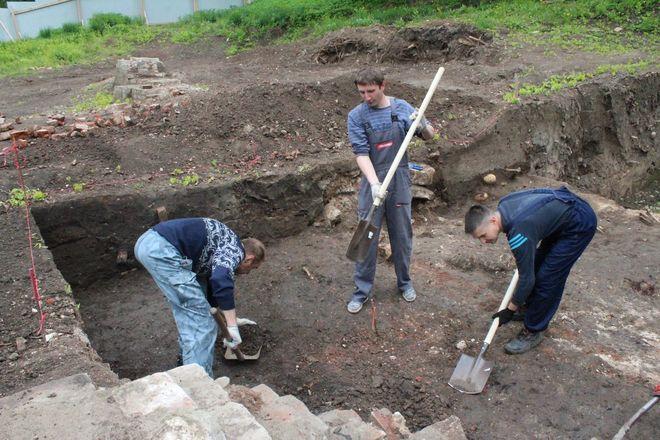 Новые находки на старом кладбище: что обнаружили археологи в Нижегородском кремле - фото 27
