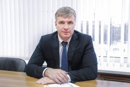 Депутат думы Дзержинска набросился на женщину с лопатой после ДТП