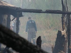 Труп мужчины нашли на пепелище дома в Дальнеконстантиновском районе