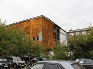 В Нижнем Новгороде обрушилась стена здания (ФОТО)