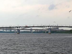 Работу светофоров у Канавинского моста снова скорректируют