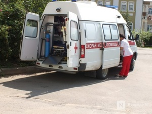 Женщина на иномарке протаранила отбойный брус в Богородском районе: три человека пострадали