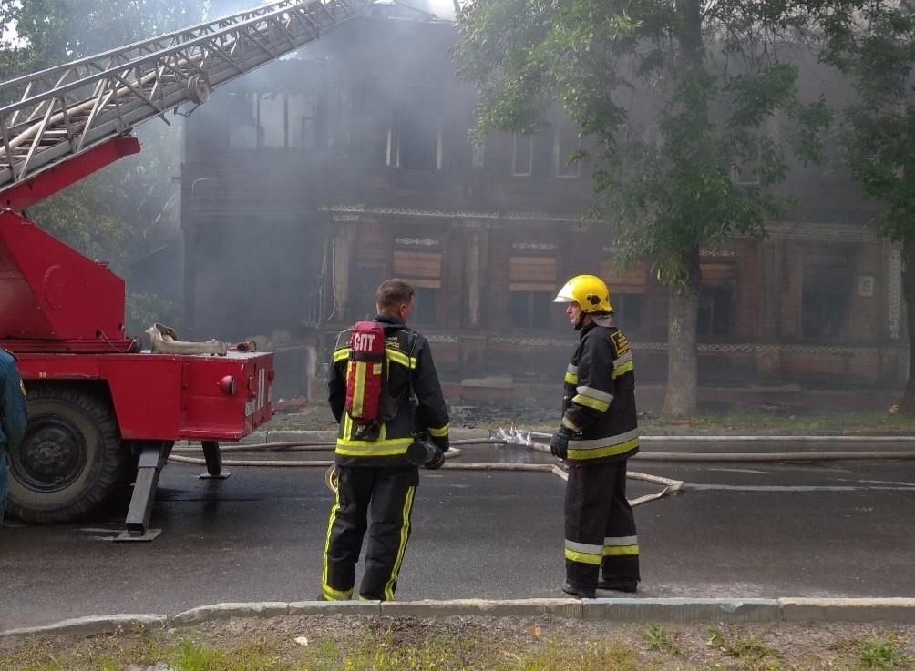 Никитин пообещал «найти гадов», поджигающих исторические здания в центре Нижнего Новгорода - фото 1