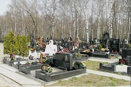 «Квартал ветеранов» обустроили на кладбище «Нижегородское»