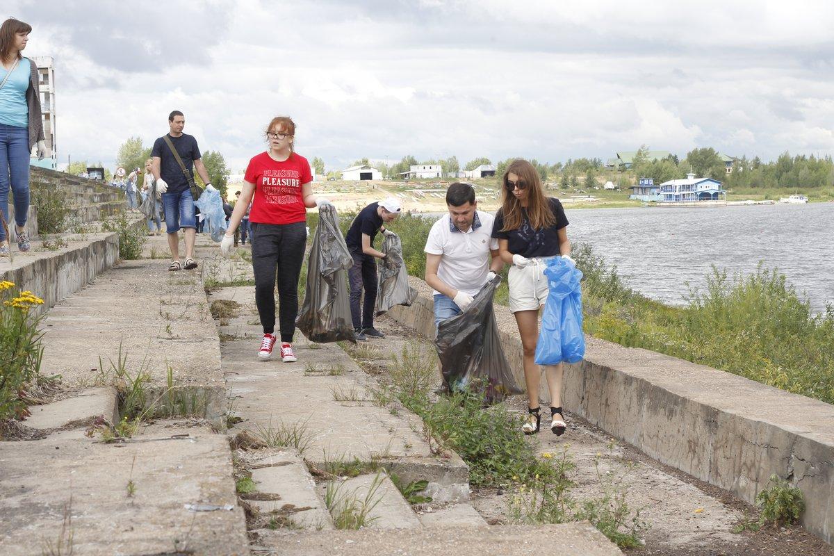 Нижегородцев наградили за самый необычный мусор на Гребном канале - фото 1