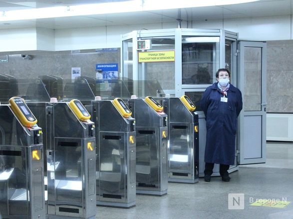 200 пассажиров нижегородского метро получили бесплатные маски - фото 6