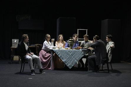Нижегородский ТЮЗ готовится к премьере спектакля «Странный парень» (ФОТО)