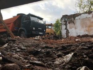 В Приокском районе задержали КамАЗы с опасными отходами